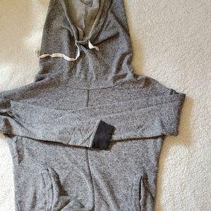 Grey sweatshirt with cowel hood